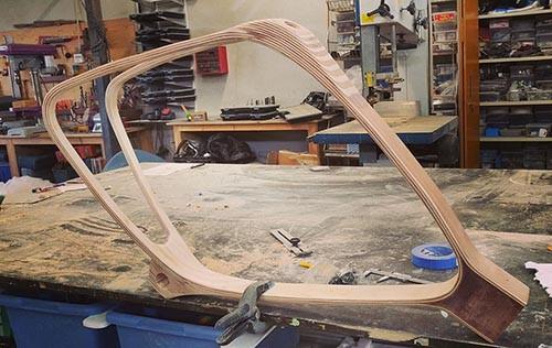 photo atelier menuiserie fabrication velo cadre en bois